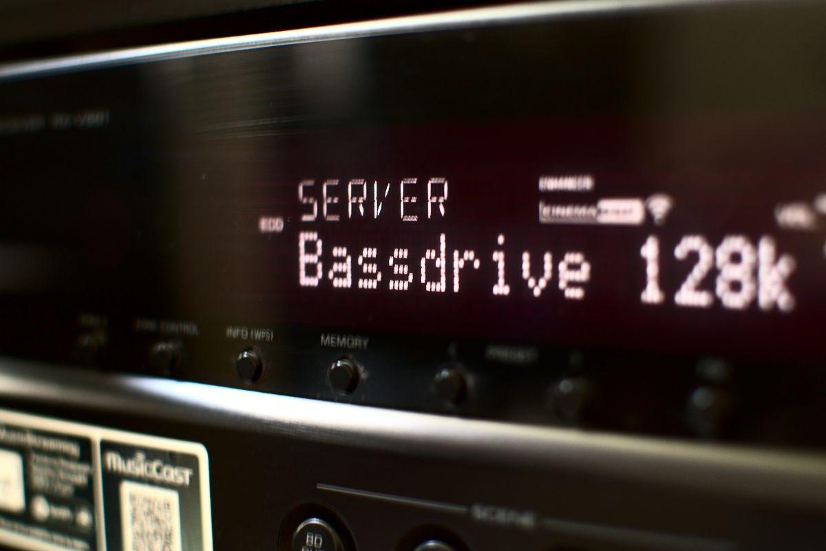 Yamaha RX-V681 AV Receiver: Internetradio geht nicht mehr.