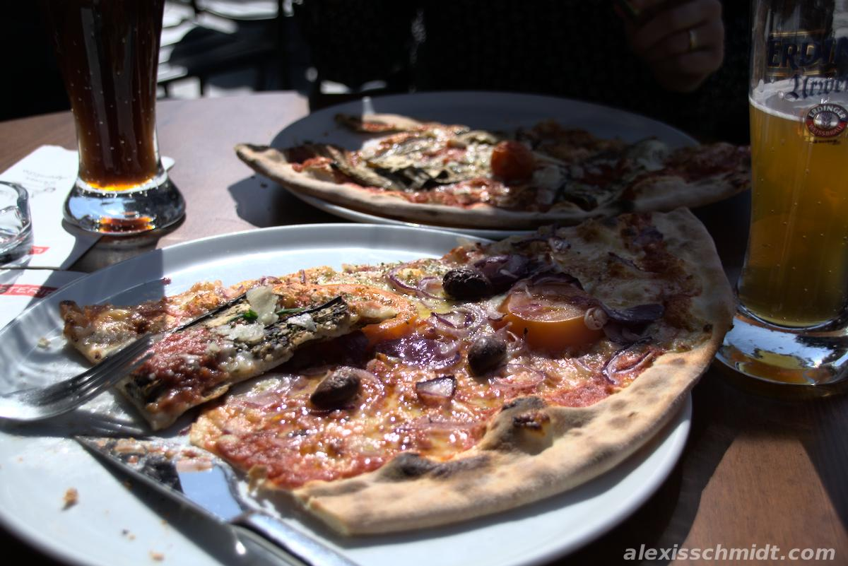 Pizza and Beer at L'osteria Offenbach