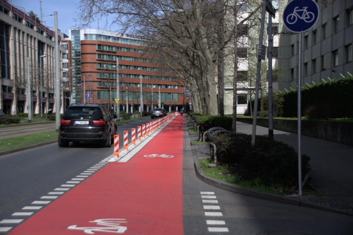 Radweg Ecke Konrad-Adenauer-Straße/Heiligkreuzgasse