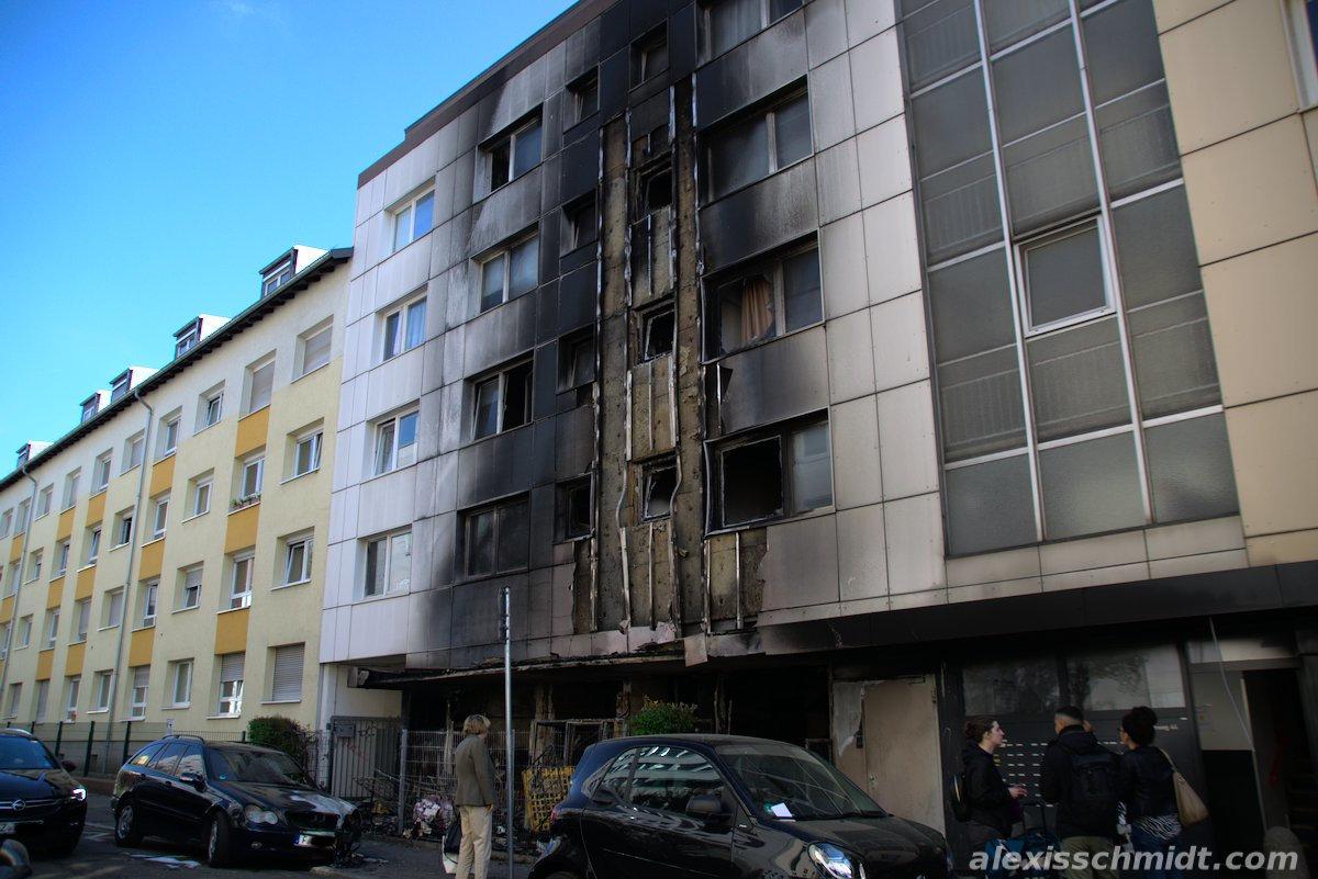 Verbranntes Wohnhaus im Baumweg