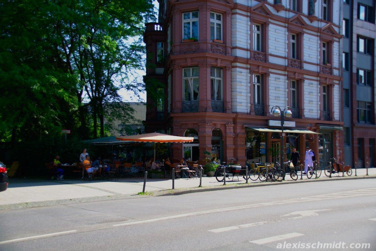 Café Maingold in Frankfurt, Germany