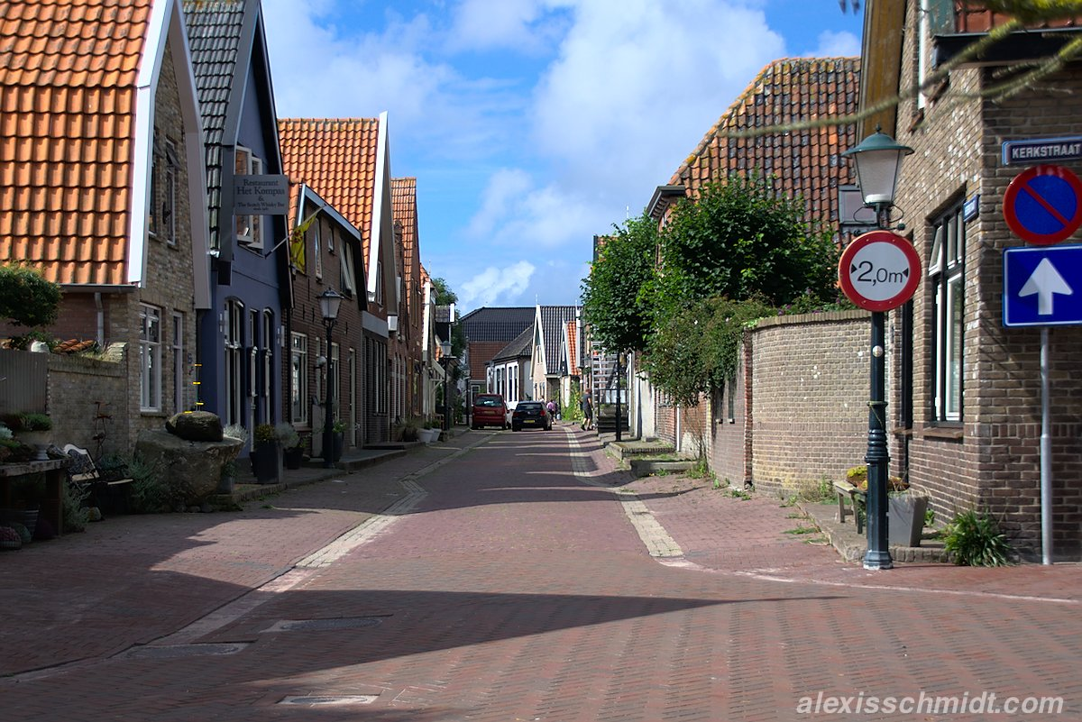 Herenstraat & Kerkstraat in Den Hoorn, Texel, Niederlande