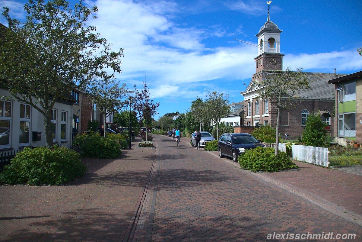 Kikkerstraat in De Cocksdorp, Texel, Niederlande
